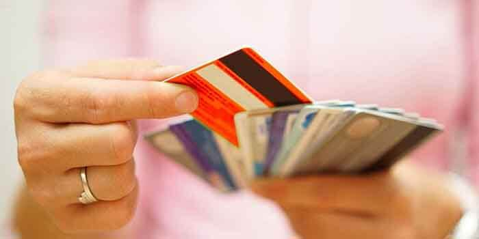 5 Things to Consider while Selecting your Credit Card