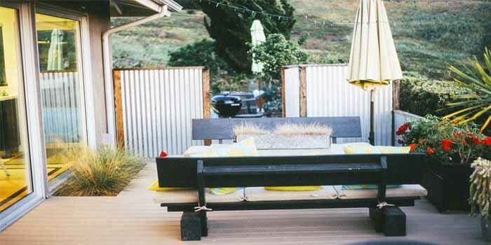 Having Difficulty In Deciding Between Wooden Deck And Composite Decks