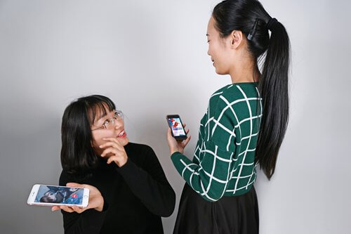 Mobile Games to Play With Loved Ones in 2020