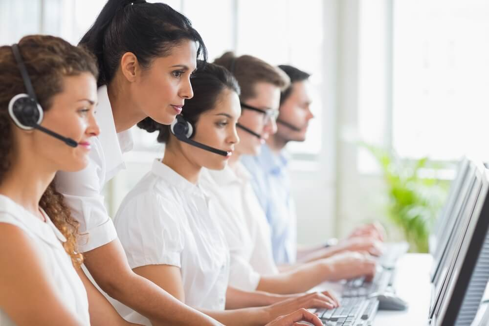 How can contact center solutions aid B2C businesses?