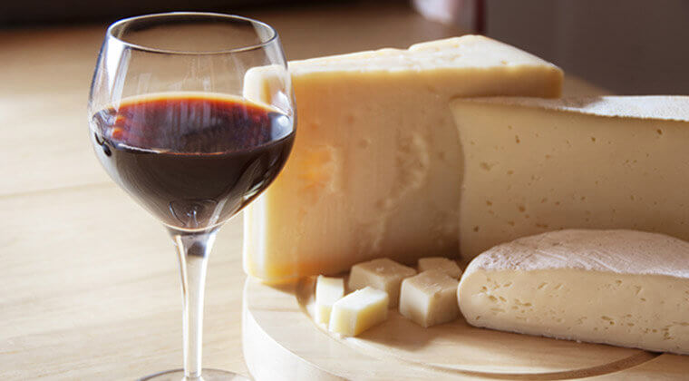 Your Guide to Wine and Cheese Pairing