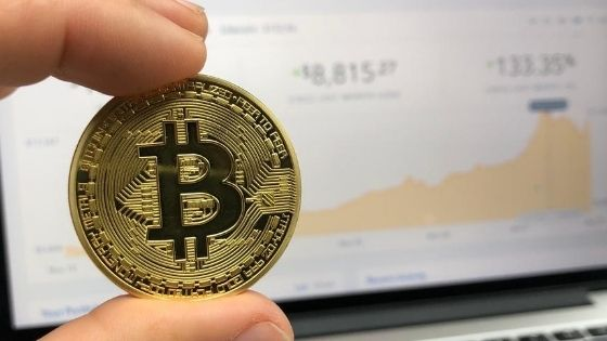 Why the Devaluation of The Dollar Is Good News for Bitcoin Investors?