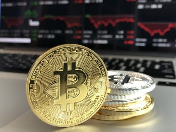 Factors to Consider Before Investing in Cryptocurrencies