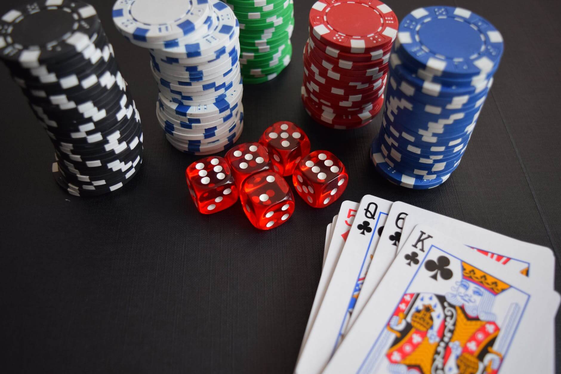 Pros And Cons of Playing at a Casino not on Gamstop